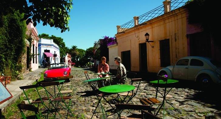 Viagem para o Uruguai: Colônia del Sacramento traz construções históricas e boa gastronomia.