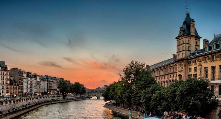 Imagem do rio cena.