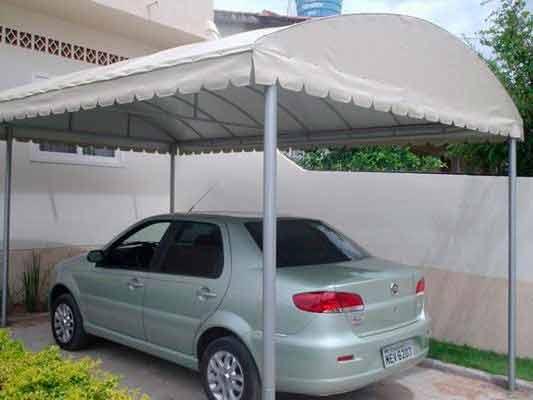 Garagem com lona
