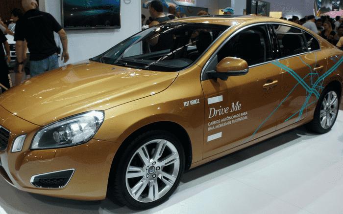 Imagem de veículo para ilustrar post sobre carros autônomos