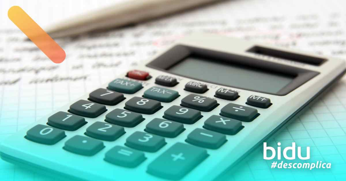 imagem de calculadora para texto sobre como declarar seguro de vida no imposto de renda